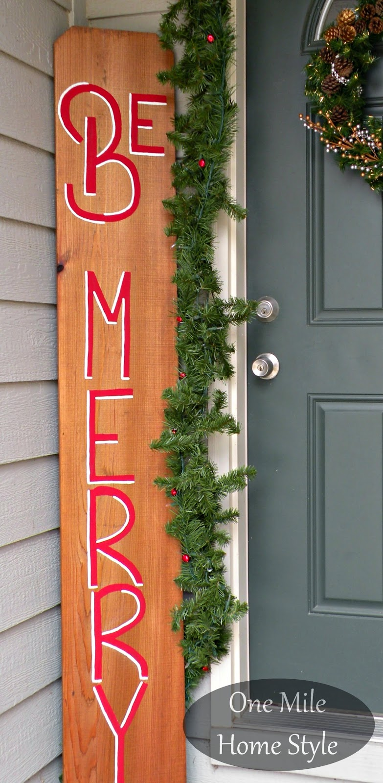 Be Merry Wooden Sign Front Entry Christmas Decorations