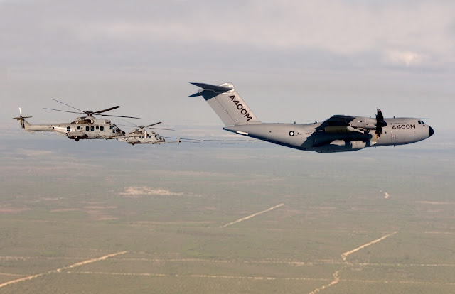 Airbus A400M refuelling Eurocopter EC725