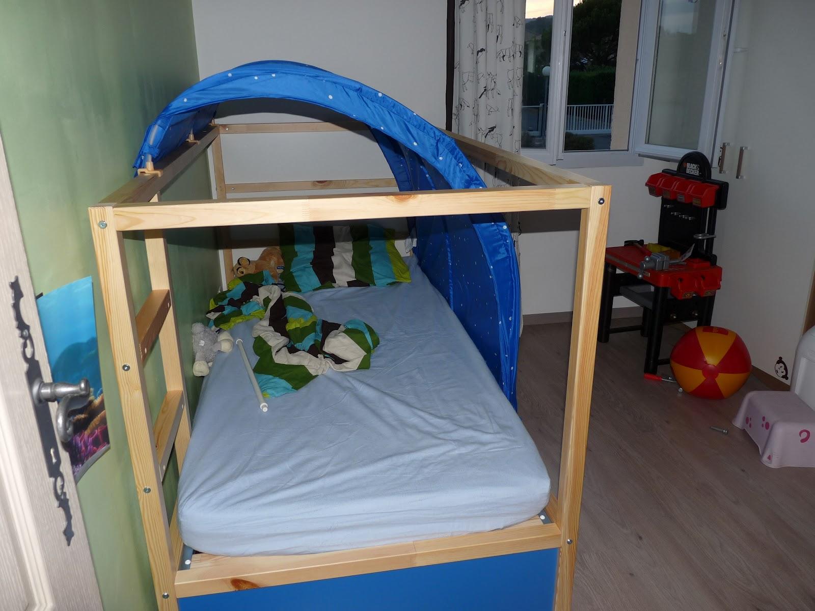 la maison des frigouliers le nouveau grand lit cabane de martin. Black Bedroom Furniture Sets. Home Design Ideas