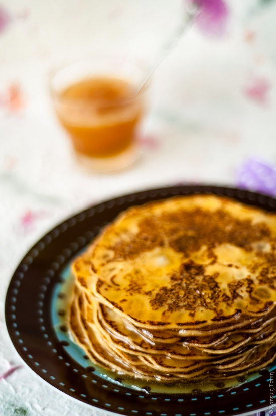 Feta, honey and lemon pancakes