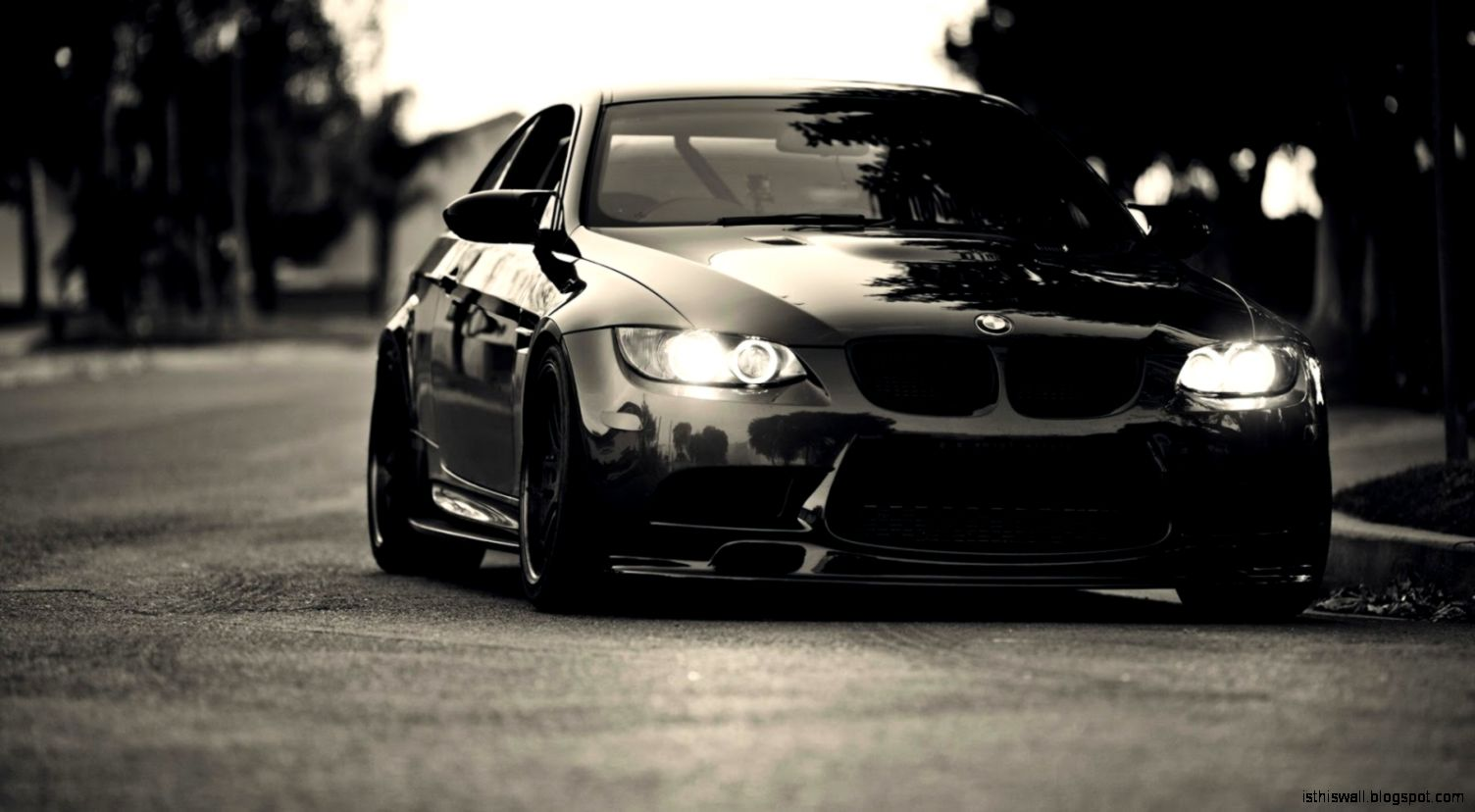 1600x900px Bmw Black Grand Look  317563