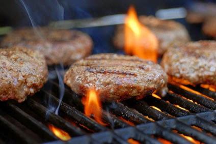 البرجر المصنوع بالمنزل  وصفة وجبة طبيعية لزيادة الوزن سريعا