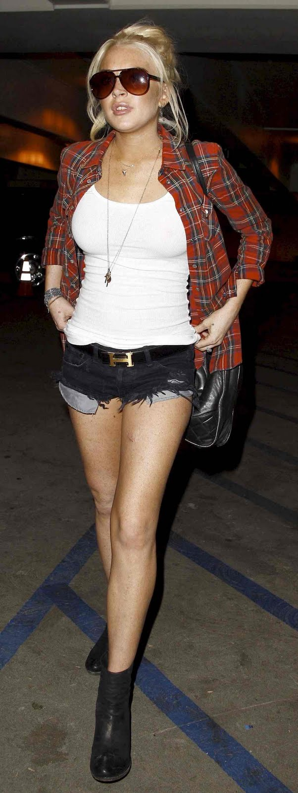 Lindsay Lohan at Coldplay Concert in Los Angeles
