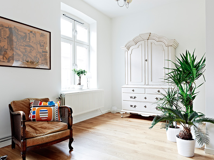 MIXTURE OF OLD AND NEW FURNITURE IN A SWEDISH APARTMENT 79 ideas