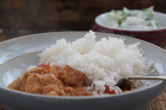 Pierś z kurczaka z papryką i śmietaną po indyjsku