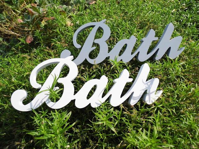 Napisy-drewno-Bath.jpg