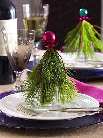 http://www.lecker.de/weihnachten/weihnachtsdeko/bildergalerie-2788146-weihnachtsdeko/Weihnachtliche-Tischdeko-fuer-festlichen-Glanz.html?i=6