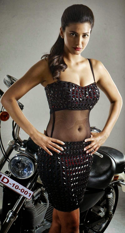 Shruti Hasan Latest Hot Stills   Poojai Movie   Vishal
