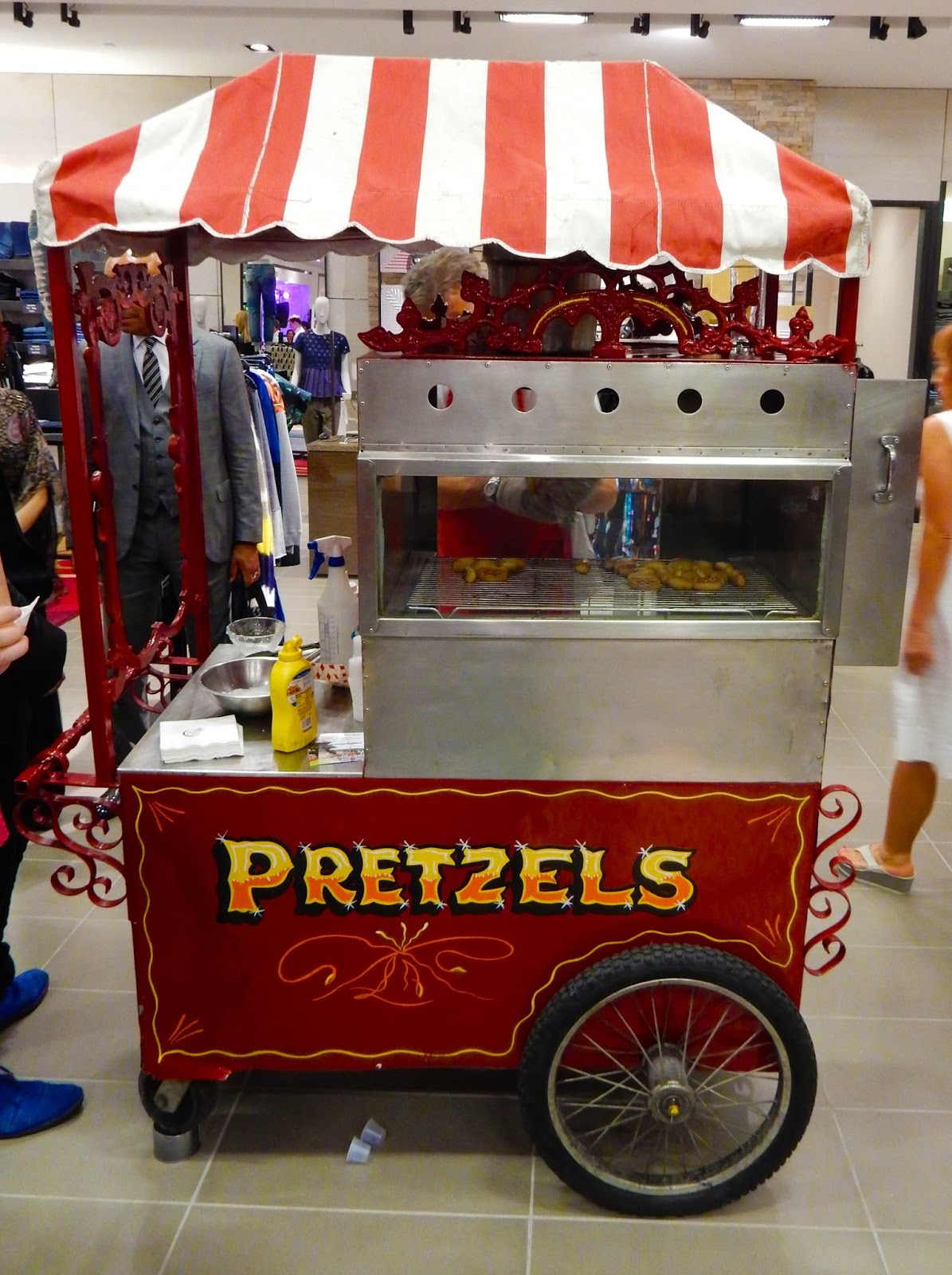Hot Pretzel Cart Beverly Hills Party CUSP