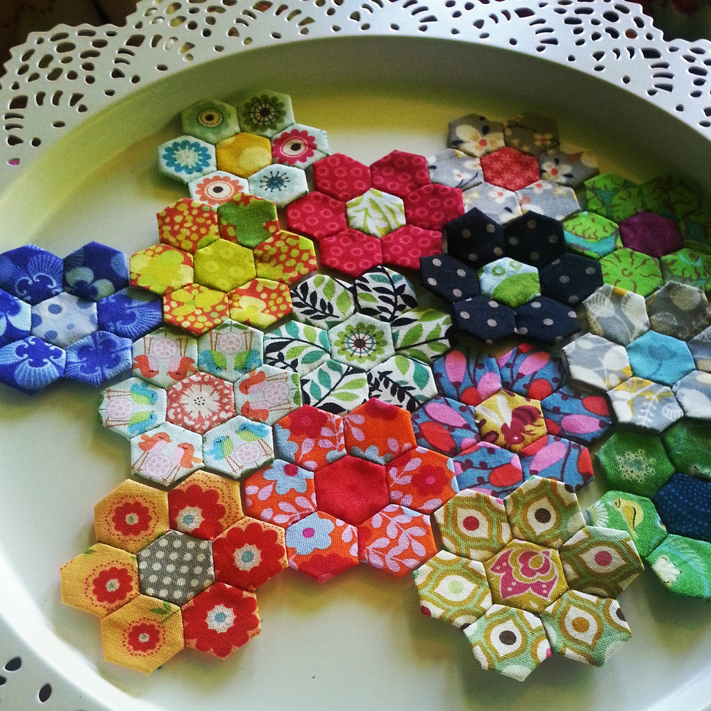 ideas about English Paper Piecing on Pinterest   Hexagons     Quilting Gallery Pieced Handsewn  Handsewn Pattern  Book Millefiori  Quilts Millefiori  Millefiori Inspired  English Paper Piecing Patterns  Paper Pieced Patterns  English