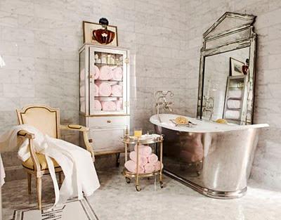 Kúpeľna, ktorá vás každé ráno pozdraví Bon jour!