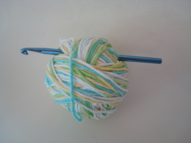 Handmade by Haniyyah: Ball of Yarn and Crochet Hook or Needle