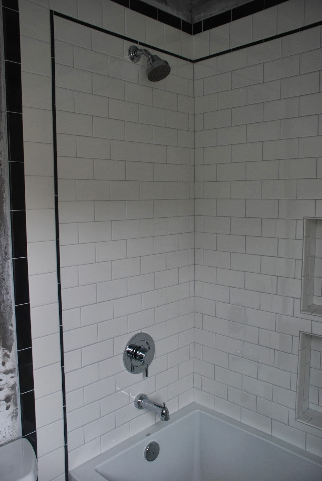 Our little beehive becoming handy through home renovation cooking - I M Totally In Love With This Shower Faucet Too It S Moen S Lever Tub Faucet Instead Of Saying Hot And Cold It Has A Little Sun On The Left And A