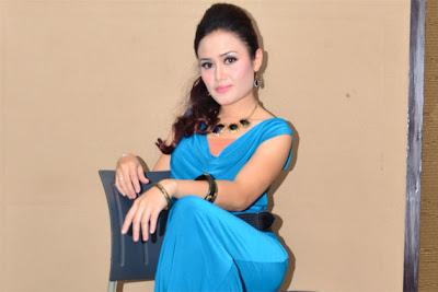 Teater Raja Lawak, Eliza Mustafa, Ganti, Tiara Jacquelina, Artis Malaysia, Hiburan, Malaysia