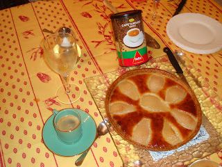 Pear tart and Portugal Coffee
