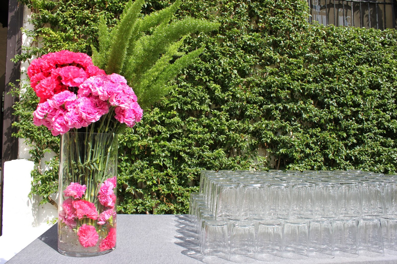 Decoraci n de eventos c rtamo flores tu florister a for Decoracion cordoba