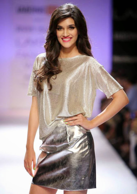 Kriti Sanon Wallpapers Fee Download