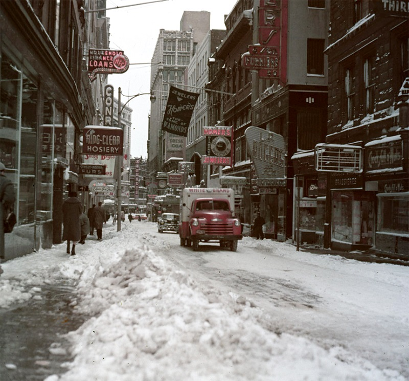 Incredible Color Photos Show Boston in the 1950s