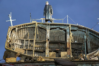 Alan Oke in the title role, Peter Grimes on Aldeburgh Beach