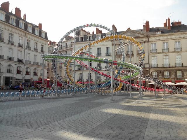 La Nuit du VAN, Le Voyage à Nantes, Nantes, bouffay, grand 8, chaise,  bullelodie