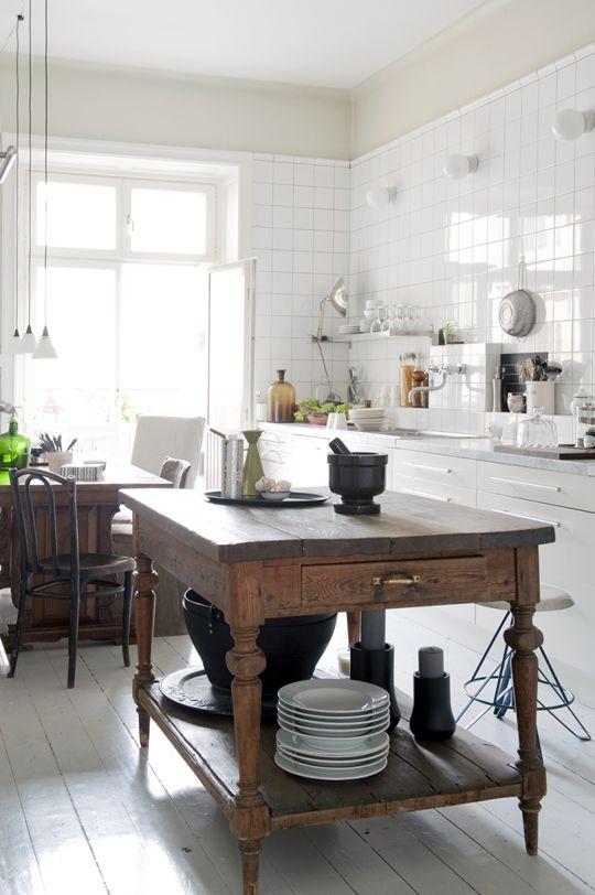 La fabrique d co cuisine rustique chic et esprit brocante for Table de cuisine ancienne
