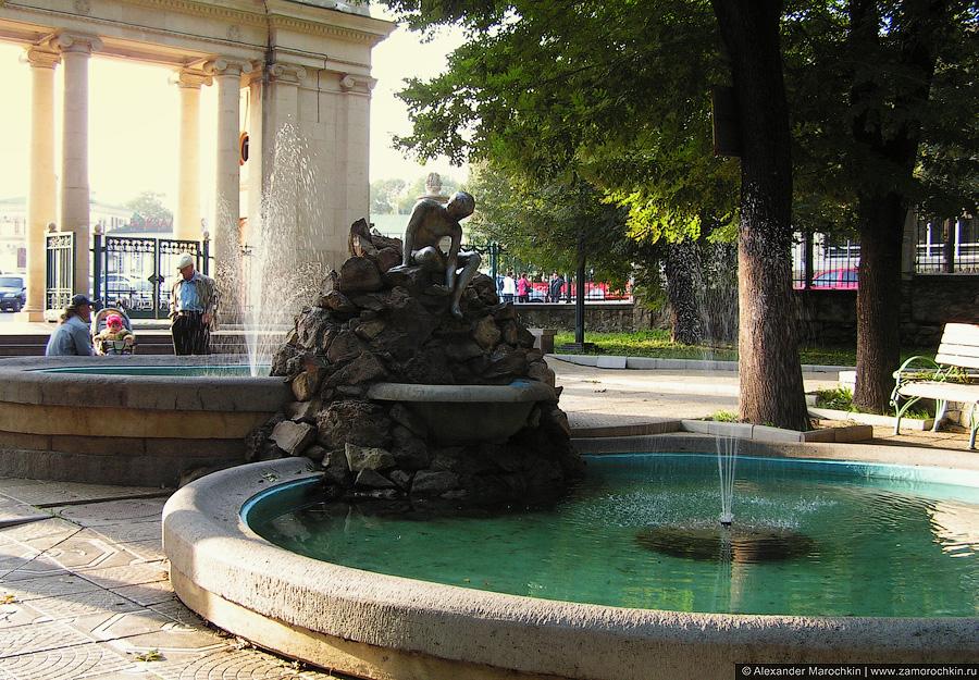 Фонтан и скульптура в Курортном парке, Ессентуки