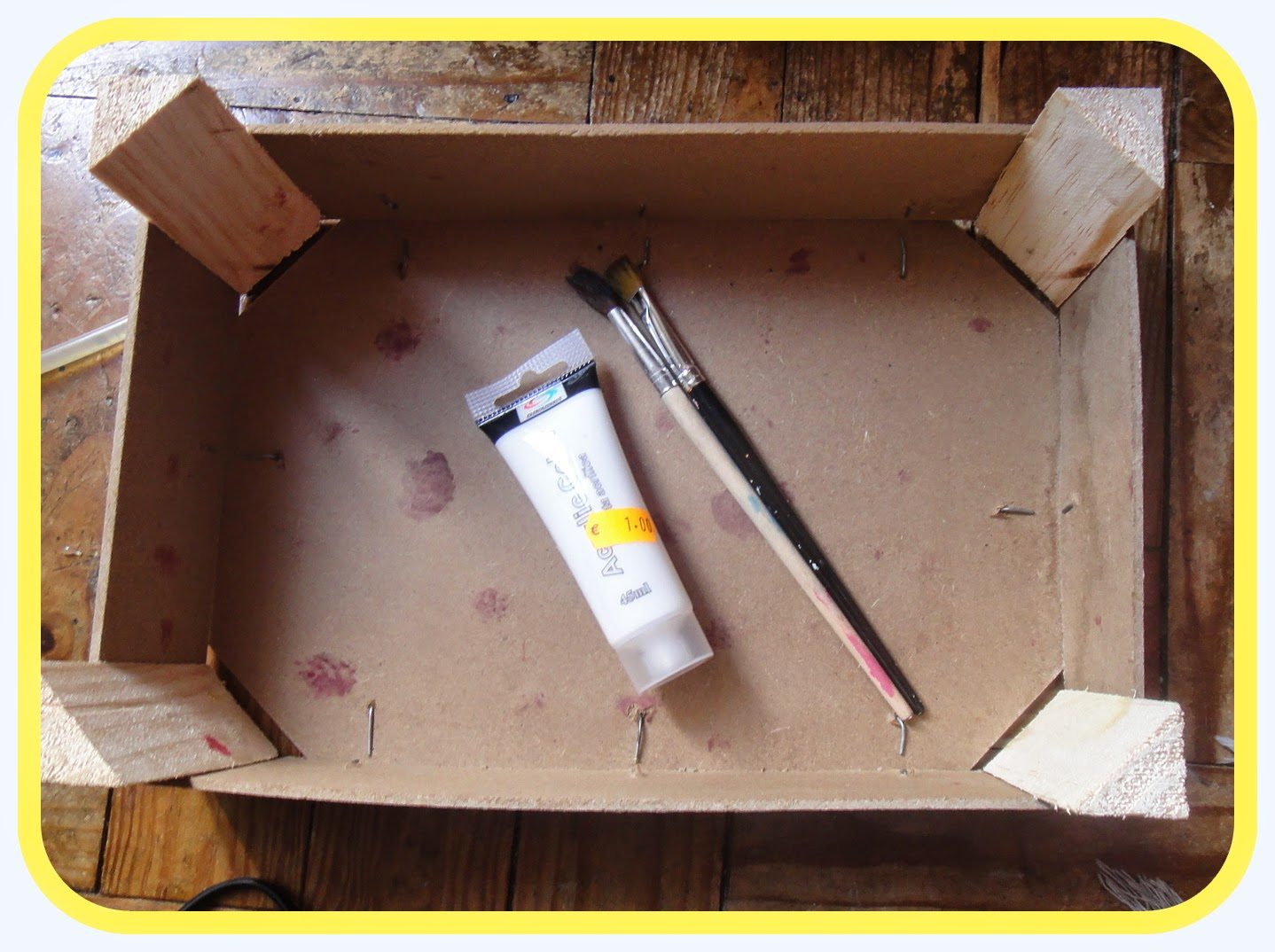 Must Be Pink!: DIY Reciclar Caixa de Fruta #C4B507 1438x1074