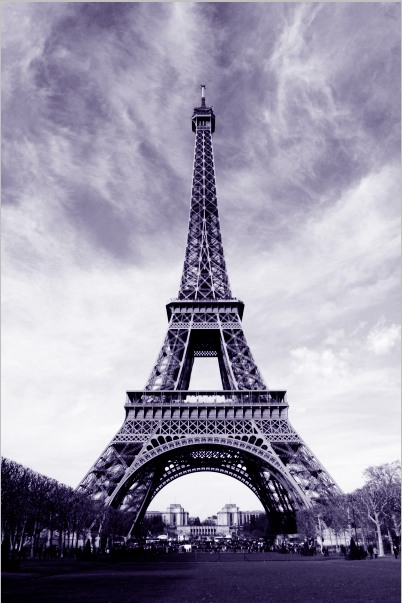 purple tones eiffel tower