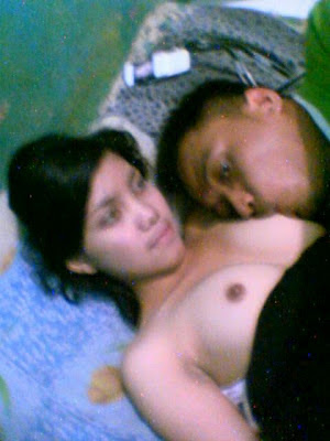 Sex dan ngemut puting