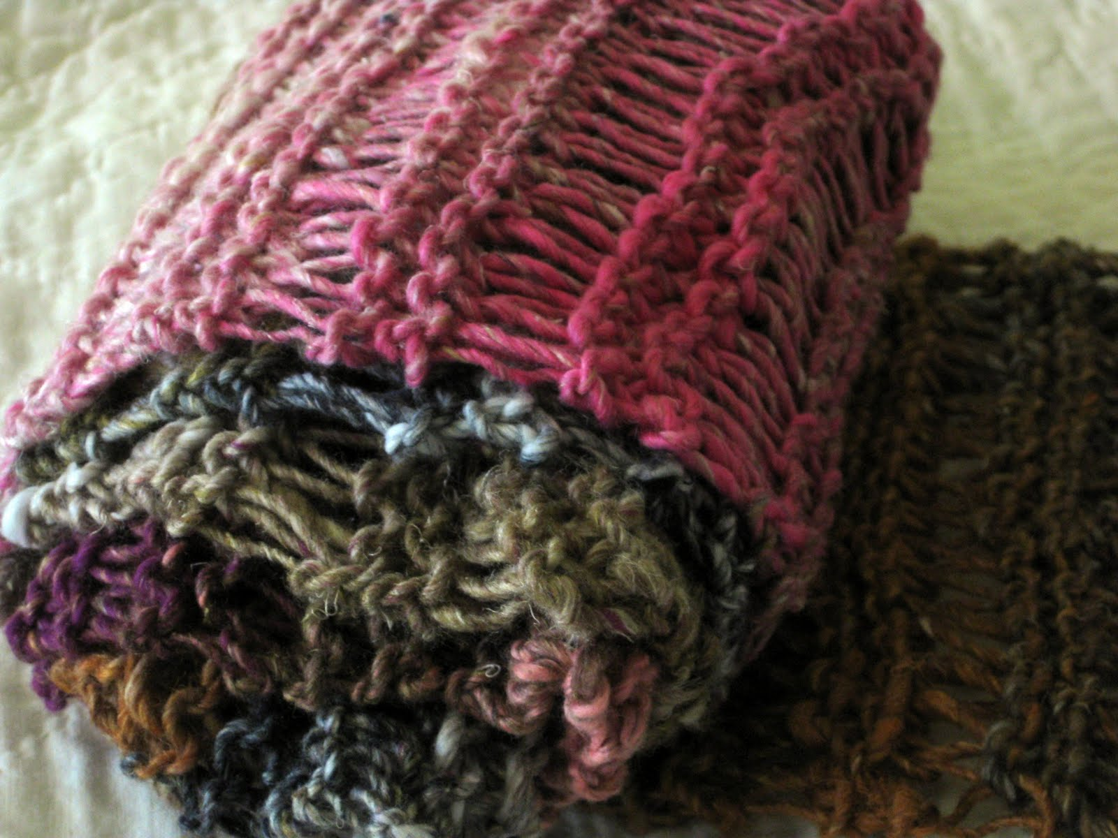 Drop Stitch Scarf Knit Pattern : golden bird knits: Drop Stitch Scarf Knitting Pattern