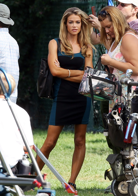 Denise Richards  90210 Set Photo