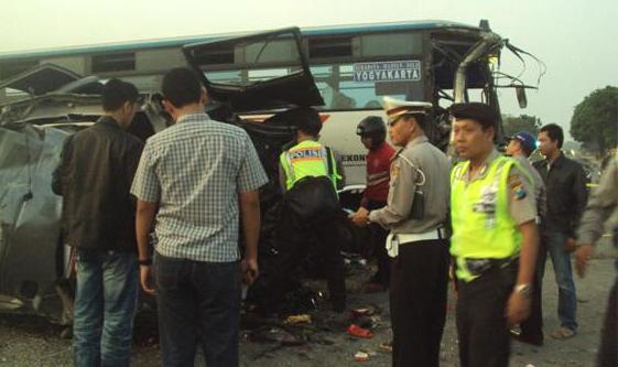 Foto Trabakan Maut Di Mojokerto