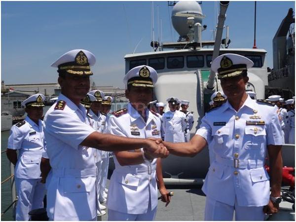 KRI Banda Aceh Berpartisipasi dalam Sail Morotai 2012