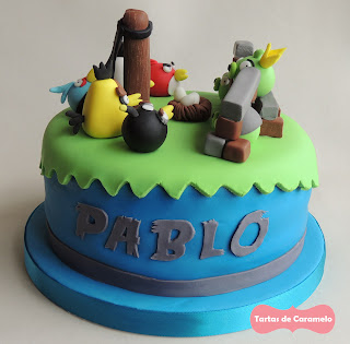 Tarta de los Angry Birds: vista lateral