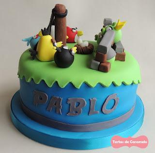 Tarta de los Angry Birds: vista lateral