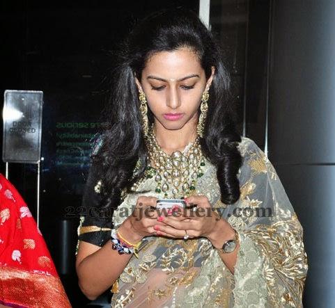 Tejaswini Kundan Hangins And Necklace Jewellery Designs