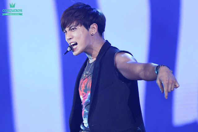 Shinee Jonghyun at the 2013 GDAs
