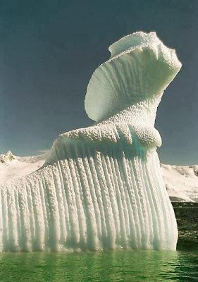 Iceberg en forma de espiral (Antártida)