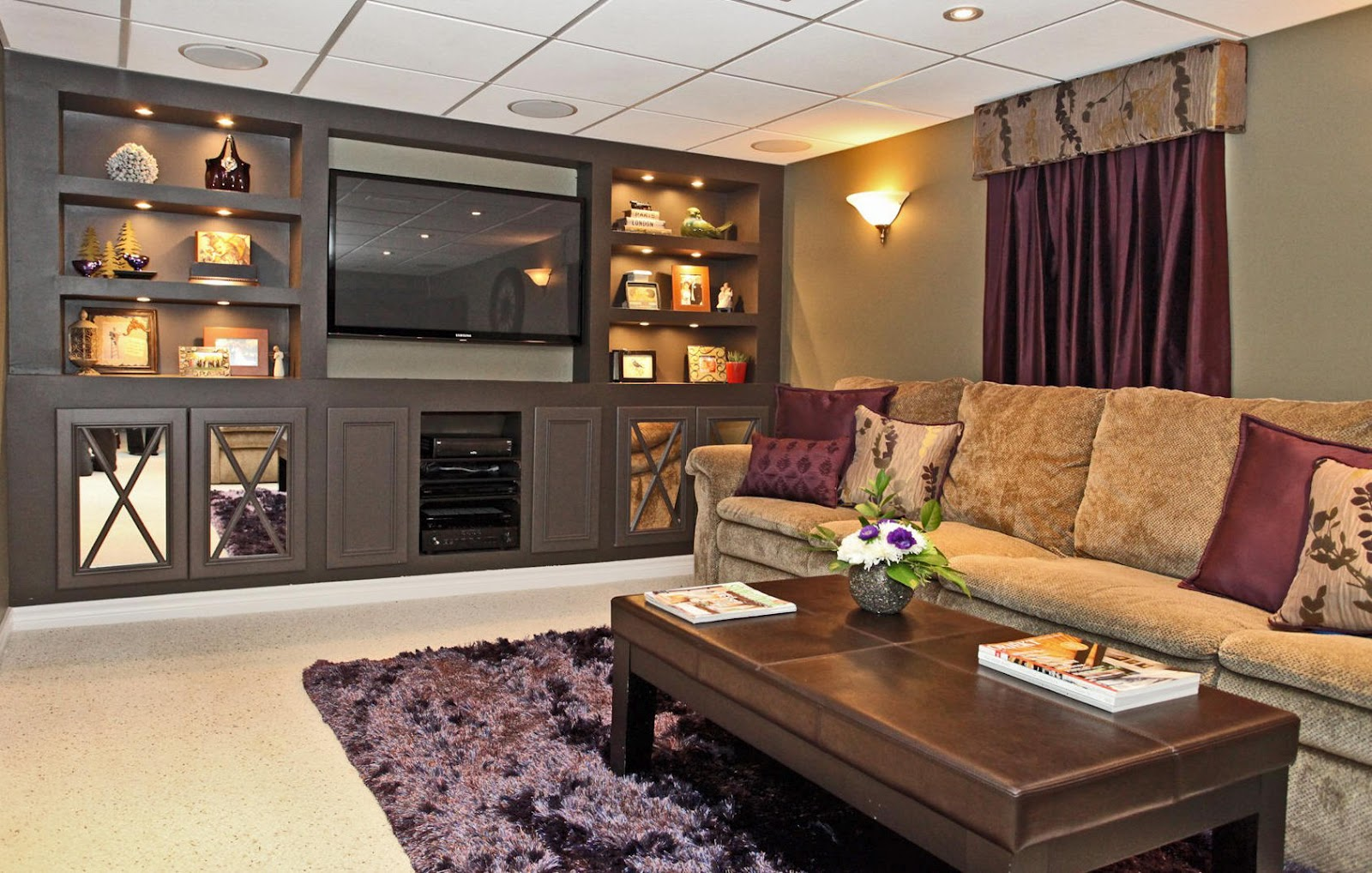 Brown and purple living room -  Delicious Decor Stunning Basement Renovation Not To Be Missed