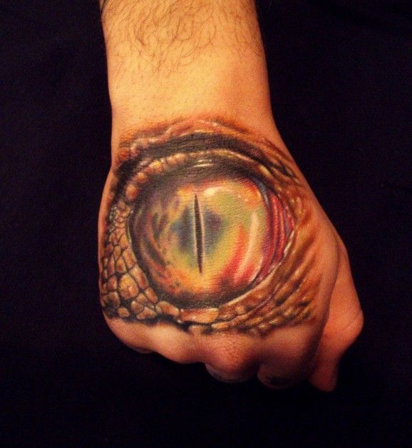 tatuajes en las manos