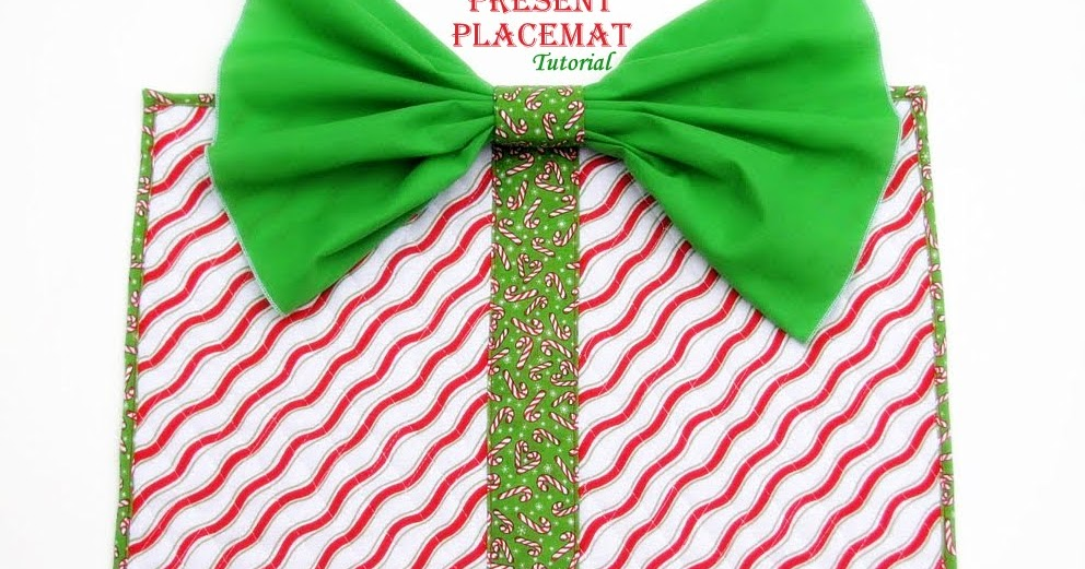Sewvery Christmas Present Placemat Tutorial
