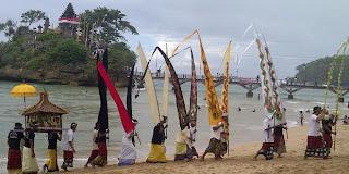 melasti ceremony, hindu ritual in bali, Hari Raya Nyepi, Nyepi Day, Balinese New Year, Bali tradition, Balinese calendar, nyepi holiday, holiday in Bali,