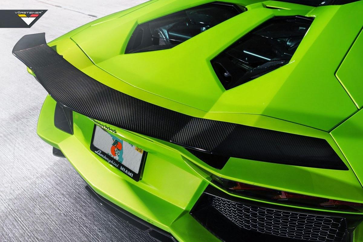 Lamborghini Aventador Roadster  LP-740  صور سيارات: لامبورغيني أفينتادور رودستر ال بي 740 الخضراء