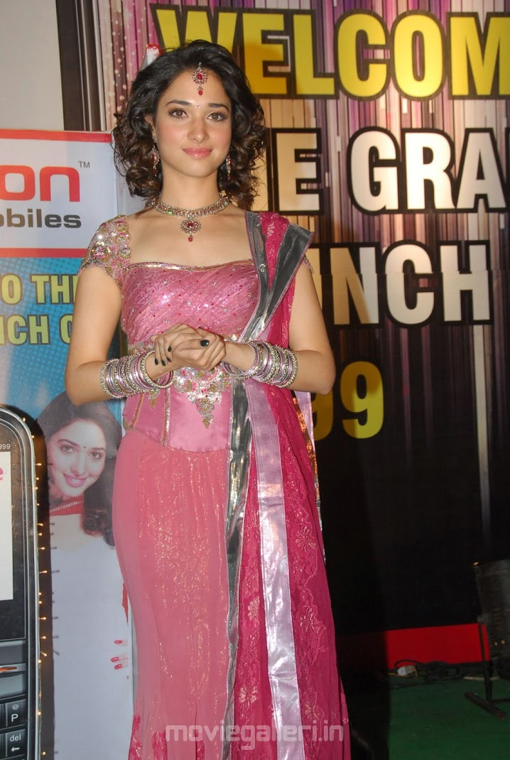 Hot Tamanna at Celkon C 999 3G Mobile Launch