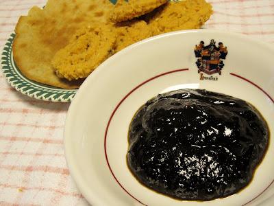 Tamarind chutney pappadum murukku