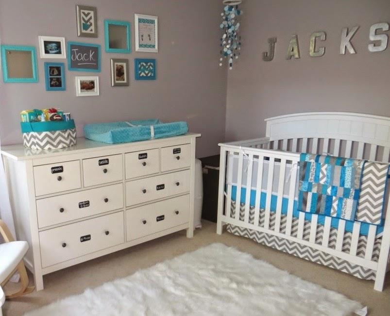 Decoracion interiores bebes habitaci n de beb en gris - Color pared habitacion bebe ...