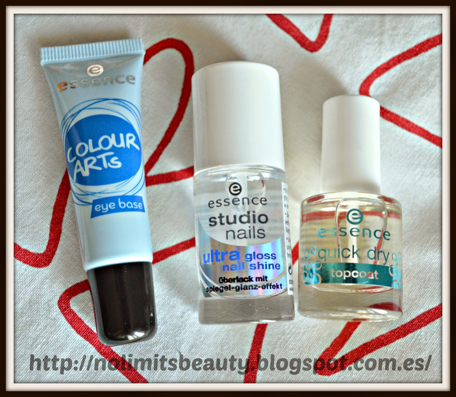 Top Coats y Eye Base de Essence
