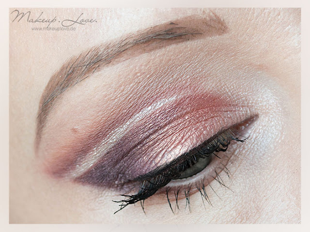 Makeup Geek Double Cut Crease LookVanilla Bean, Country Girl, Cupcake, Creme Brulee, Cosmopolitan, Sensuous, Drama Queen