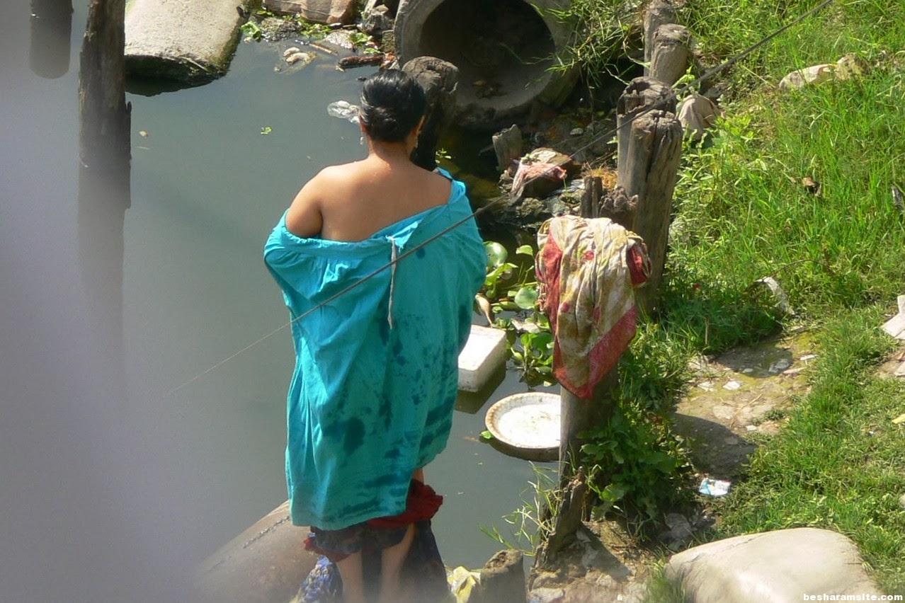 Hot Indian Village Aunties