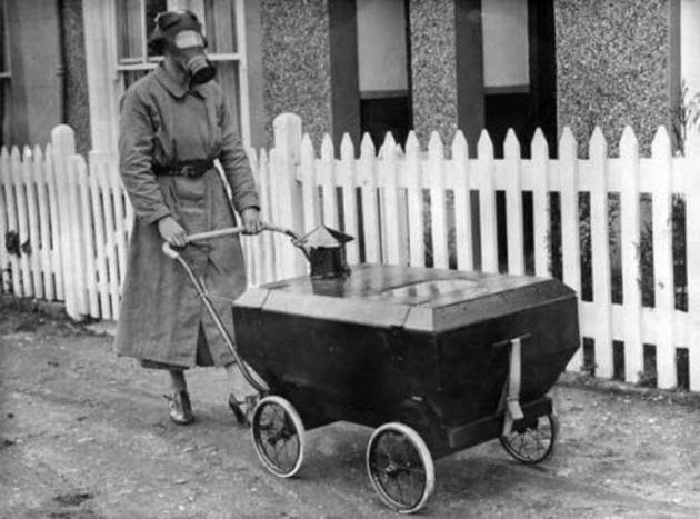 عربة بريطانية للحماية ضد الغاز